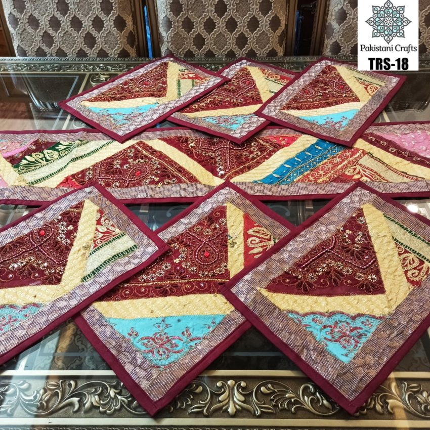 Sindhi Hand Embroidery Runner and Place Mat Set TRS-18