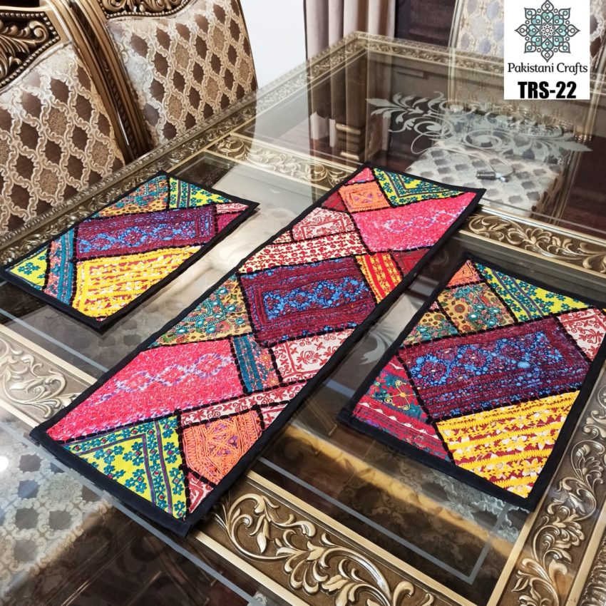 Sindhi Hand Embroidery Runner and Place Mat Set TRS-22