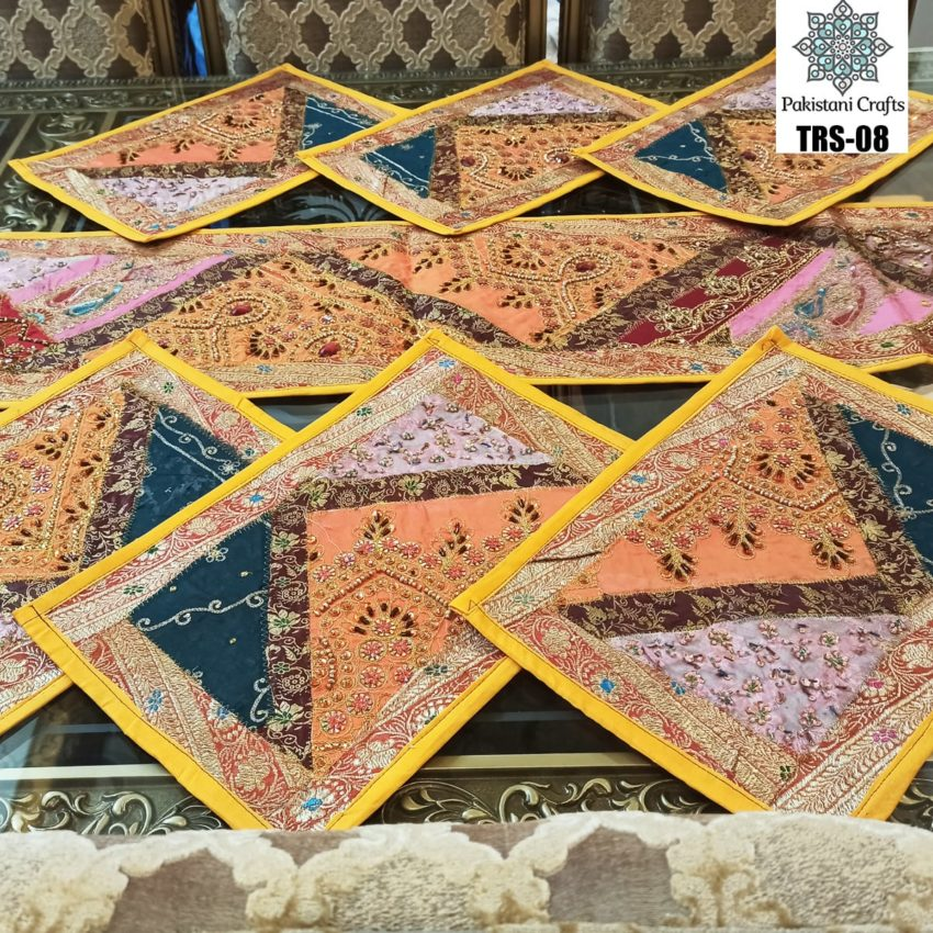 Sindhi Hand Embroidery Runner and Place Mat Set TRS-08
